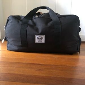 Hershel Supply Co. Duffel. Black. Midsize.